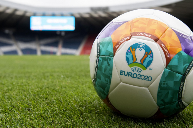 euro-2020-ball-hampden_11.jpg